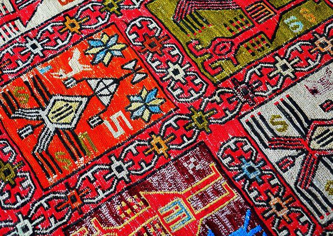 Czym charakteryzują się wykładziny dywanowe obiektowe?